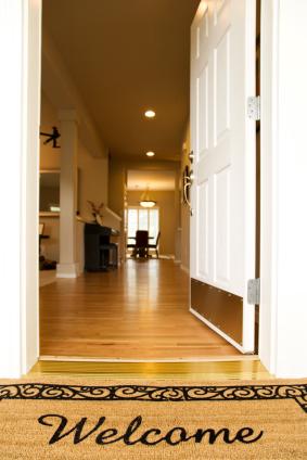 Welcome door open